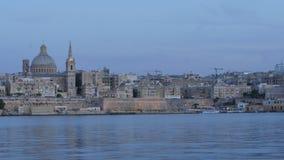 Abendfarben von Valletta - Hauptstadt von Malta - hyperlapse stock video footage