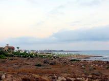 Abendhimmel über der Küste von Zypern Stockbilder