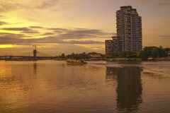 Abendhimmel Chaopraya-Fluss Lizenzfreie Stockfotografie