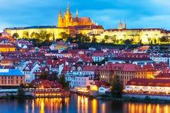 Abendlandschaft von Prag, Tschechische Republik Lizenzfreie Stockfotos