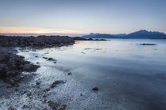 Abendlicht auf Loch Eishort bei Tokavaig auf der Insel von Skye Lizenzfreies Stockbild