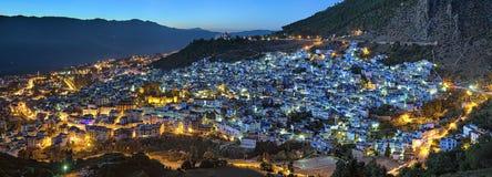 Abendpanorama von Chefchaouen, Marokko Lizenzfreie Stockbilder
