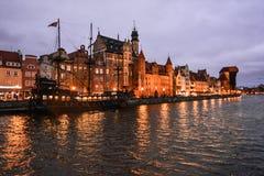 Abendpromenade und altes Schiff, Gdansk, Polen Stockfotografie