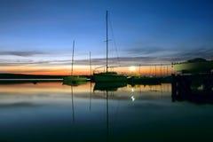 Abendsegelboot Lizenzfreies Stockbild