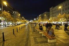 Abendstimmung auf den Straßen Stockfoto
