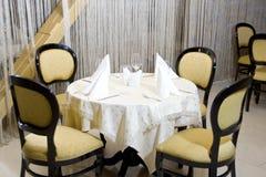Abendtisch in der Gaststätte Stockfotos