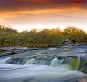 Abendwasserfall Stockfoto