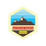 Abenteuer-Ausweisberge im Freien und blauer Himmel Lizenzfreies Stockfoto