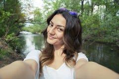 Abenteuerreisen-Natur-Ferien-Konzept stockfoto