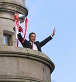 Aberdeen-Fußballverein Manager Derek McInnes mit Trophäe Stockbild