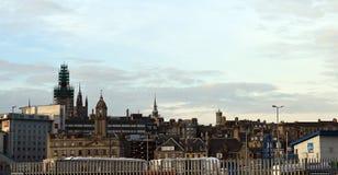 Aberdeen Skottland från hamnen Arkivbild