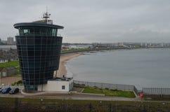 Aberdeen - Skottland hamn, huvudsaklig nyckel för den frånlands- branschen för Nordsjönfossila bränslen Arkivbilder