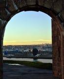 Aberdeen Skottland: Hamn och stad till och med Torry batteribåge Royaltyfri Bild