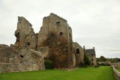 Aberdour slott och trädgårdar, pickolaflöjt Royaltyfri Foto