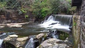 Aberdulais vattenfall Arkivfoton