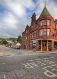 Aberfeldy gata, Skottland. Ståendesikt Arkivbild