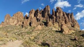 Abergläubischer Mt arizona lizenzfreie stockbilder