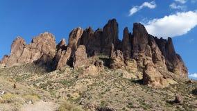 Abergläubischer Mt arizona lizenzfreie stockfotografie