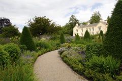 Aberglasney hus och trädgårdar Arkivbild