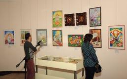 Abertura de la exposición dedicada a la celebración de Pascua Imagen de archivo libre de regalías