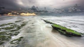 A abertura entre a tempestade nebulosa Foto de Stock Royalty Free