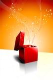 Abertura festiva da caixa de presente Fotografia de Stock Royalty Free