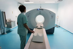 Abertura oficial del primer escáner de la proyección de imagen PET-CT del CT fotografía de archivo libre de regalías
