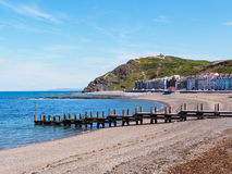 Aberystwyth strand och konstitutionkulle Royaltyfri Bild