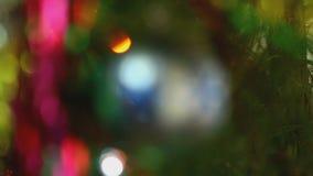 Abete di Natale decorato con la palla del ` s del nuovo anno stock footage