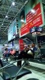 Abfahrtaufenthaltsraum Chatrapati Shivaji Mumbai Airport Lizenzfreie Stockfotos