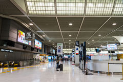 Abfahrtbereich an internationalem Flughafen Narita, Tokyo, Japan Stockbild