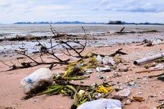 Abfall auf dem Pattaya-Strand Thailand Lizenzfreies Stockbild