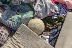 Abfall ist schwierig zu verdauen lizenzfreies stockfoto