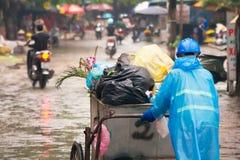 Abfall-Kollektor in Vietnam lizenzfreie stockfotografie