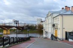 Abfall nach Ufergegend von Zapadnaya Dvina, Vitebsk, Weißrussland Lizenzfreies Stockbild