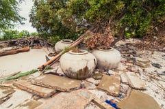 Abfall und Abfälle auf dem Strand Stockfotografie