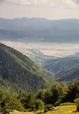 Abfall zur Gebirgsschlucht, Bulgarien Stockfotografie