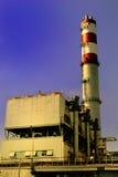 Abfallverbrennungsofen im Sonnenuntergang Lizenzfreies Stockfoto