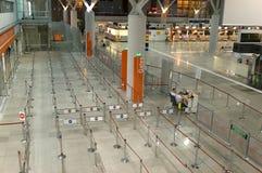 Abfertigung in Frederic Chopin-Flughafen lizenzfreies stockbild