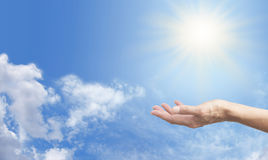 Abfragung der Solarenergie lizenzfreies stockbild