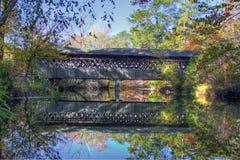 Abgedeckte Brücke im Fall Lizenzfreies Stockbild