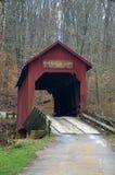 Abgedeckte Brücke in Indiana Stockfotos