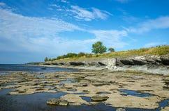Abgefressene Kalksteinküste Lizenzfreies Stockfoto