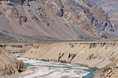 Abgefressene Landschaft mit Fluss Stockfoto