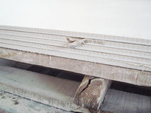 "Abgesetztes Faser-Zement-Brett †""niedrige Qualitäts-Produkt Lizenzfreie Stockfotos"