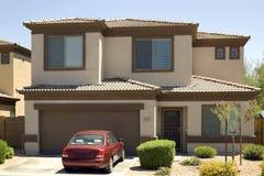 Abgetrenntes einzelnes Familienheim Lizenzfreie Stockbilder