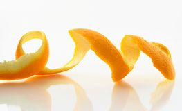 Abgezogene Haut einer Orange Stockbild