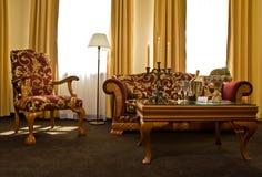 Abgleichende antike Möbel Stockfoto