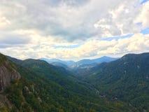 Abhang des Kamin-Felsen-Nationalparks, Nord-Carolin Lizenzfreies Stockfoto