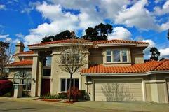 Abhang-Häuser in Kalifornien Stockbilder
